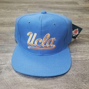 1990s UCLA snapback hat